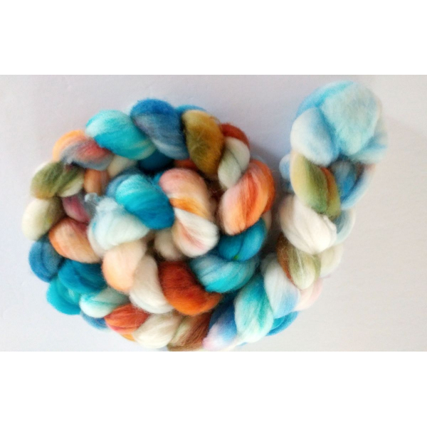 hand-dyed merino spinning roving 4 oz. - MAPLE RIVER