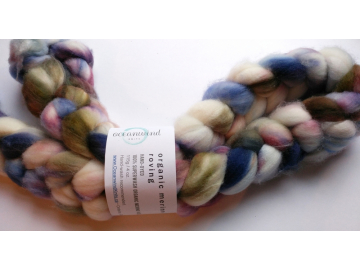 hand-dyed merino wool roving 4 oz. - COUNTESS