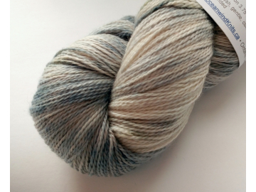 MCN lace - 4 oz / 115 g - 575 yds - DOVE