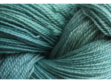 seabreeze BFL hand-dyed wool
