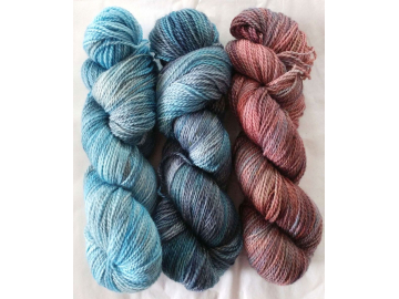 gradient / fade yarn set - 225g (75g each skein) 795 yards total - hand-dyed merino fingering BLUEJEANS