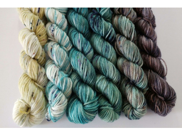 mini skeins fade yarn set - 6 x 25g / 91 yards each, 547 yards total - hand-dyed merino + nylon FLURO