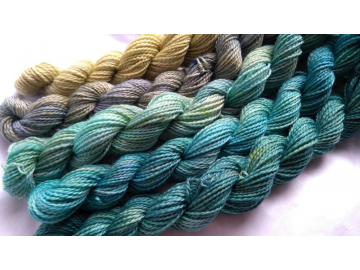 gradient yarn set - 125g (25g each skein) 440 yards total - hand-dyed merino fingering BEACH